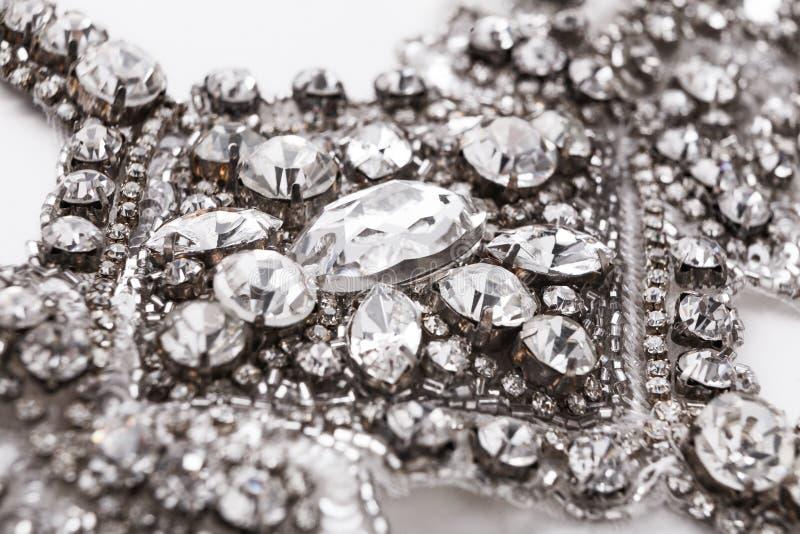 De mooie uitstekende close-up van de diamanthalsband stock foto