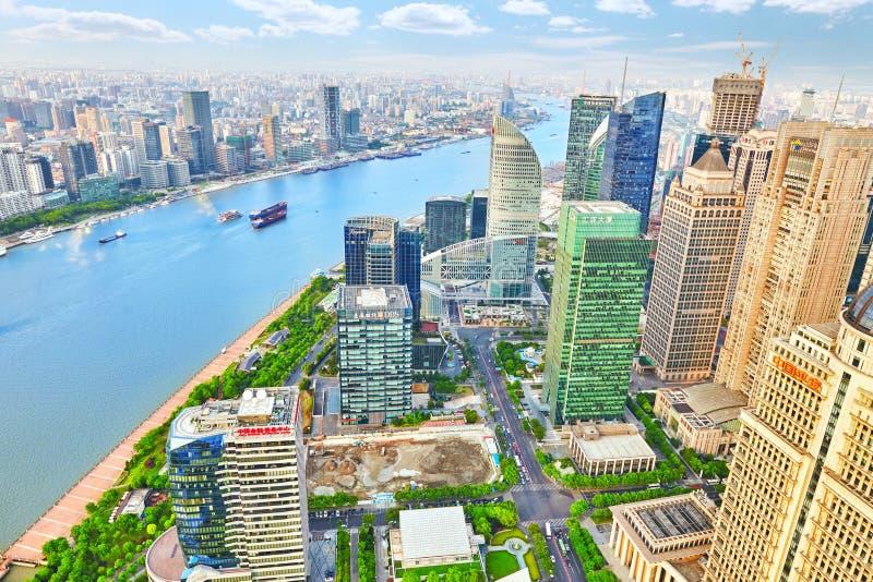 De mooie van de van de meningswolkenkrabbers, waterkant en stad bouw van Pudong, Shanghai, China royalty-vrije stock foto