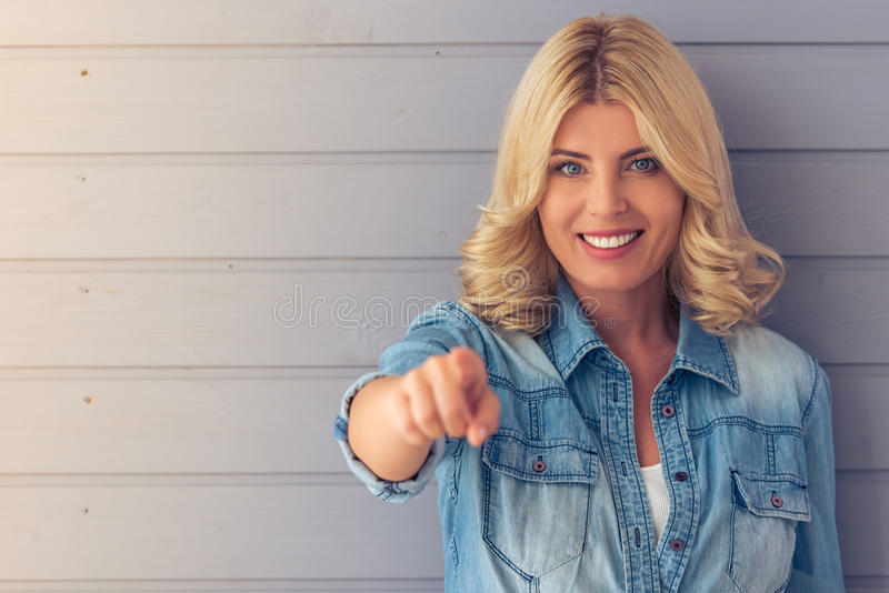 De mooie Vrouw van de Blonde royalty-vrije stock foto's