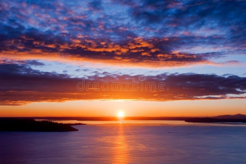 De mooie Zonsondergang van Seattle stock afbeeldingen