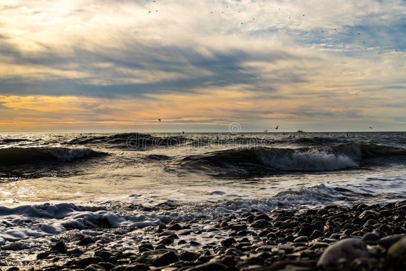 De mooie zonsondergang van de Zwarte Zee stock afbeelding