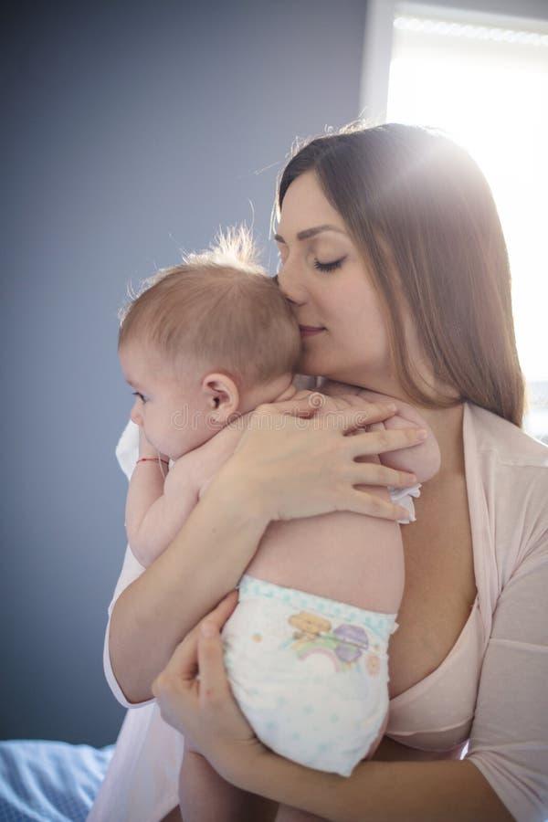 De mooiste geur is de zuivere baby royalty-vrije stock afbeeldingen