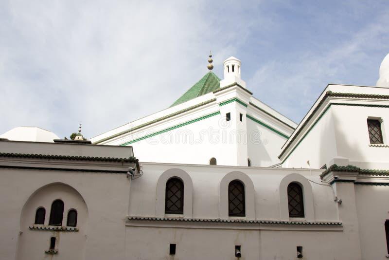 De moskee architecturale structuren van Parijs van recente modern stock foto