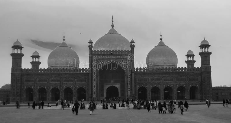 De Moskee van Badshahi stock afbeelding