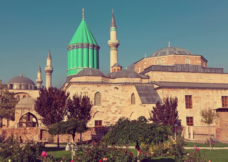 De moskee van het Mevlanamuseum in Konya stock afbeelding