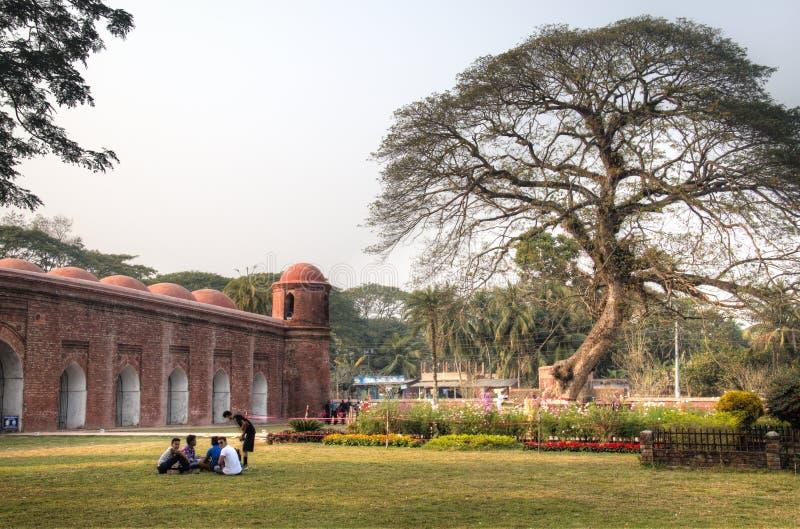 De Moskee van Shaitgumbad in Bagerhat, Bangladesh stock fotografie
