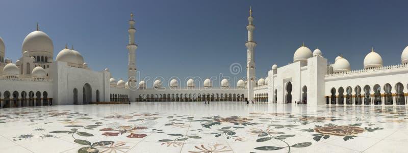 De Moskee van Zayed van de sjeik in Abu Dhabi, Verenigde Arabische Emiraten stock fotografie