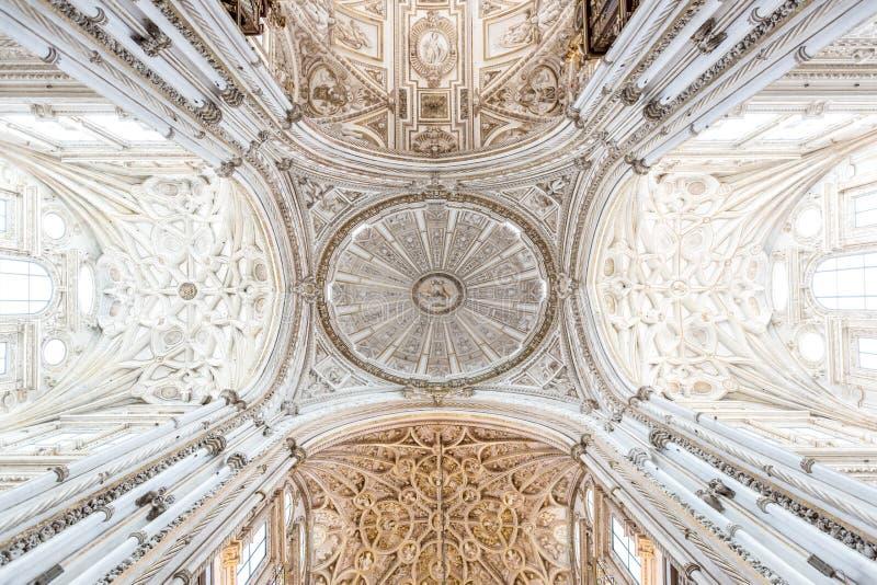 De Moskeekathedraal van Cordoba Mezquita stock afbeeldingen