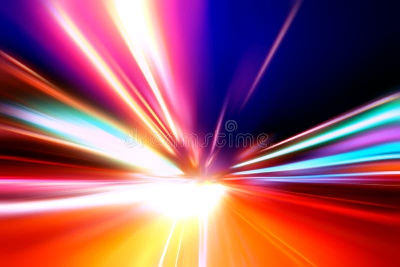 De motie van de snelheid op nachtweg stock foto