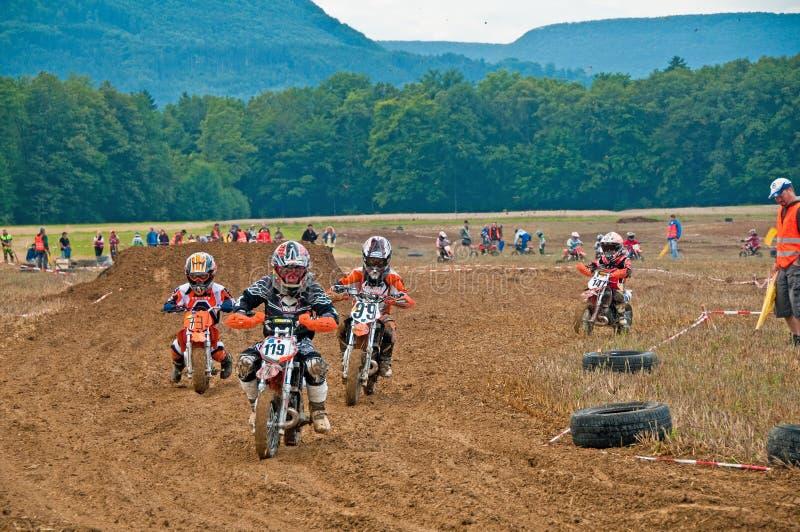 De Motocross van jonge geitjes royalty-vrije stock afbeeldingen