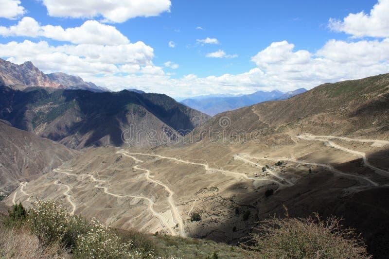 De motorweg van de berg royalty-vrije stock afbeeldingen