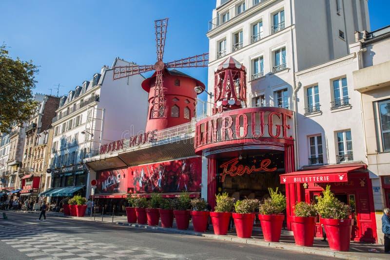 De Moulin-Rouge in Montmartre Parijs, Frankrijk, royalty-vrije stock fotografie