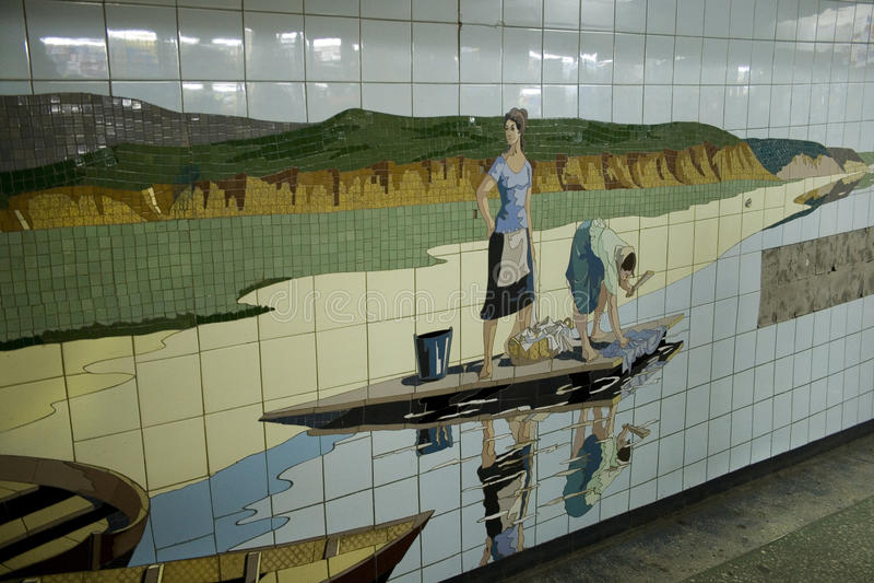 De mozaïeken in de onderdoorgang rostov-op-trekken binnen stad, Rusland aan royalty-vrije stock afbeeldingen
