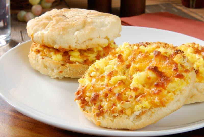 De muffin van het ontbijt stock afbeelding