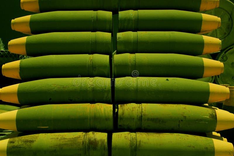 Download De Munitie Van Het Slagschip Stock Afbeelding - Afbeelding bestaande uit schip, groen: 284971