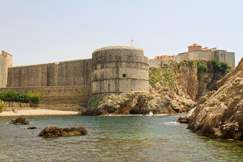 De muren van Dubrovnik stock foto's