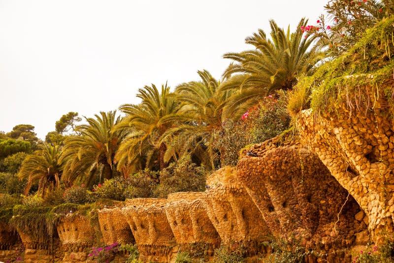 De Muren Antoni Gaudi Guell Park Park Barcelona Catalonië S van het terras royalty-vrije stock foto