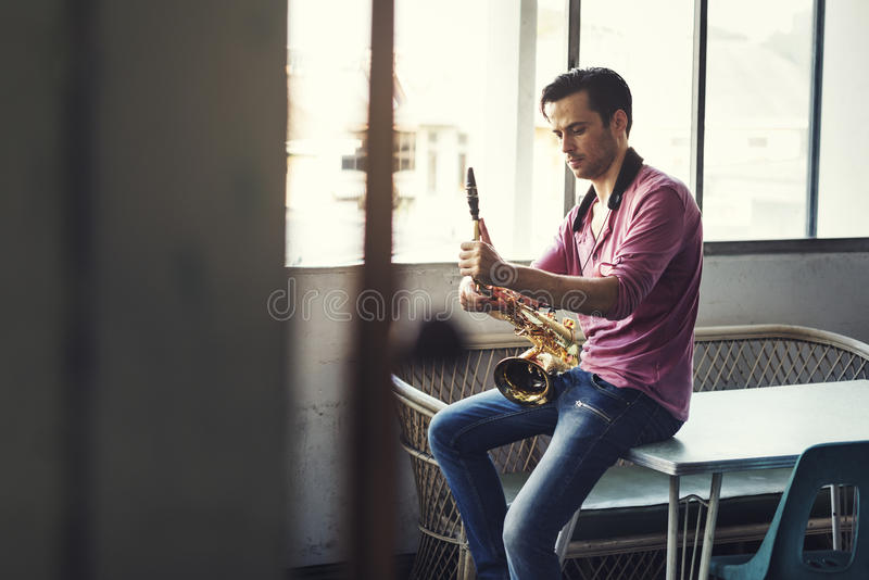 De Musicus Jazz Instrument Concept van de saxofoonsymfonie royalty-vrije stock foto's