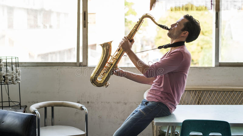 De Musicus Jazz Instrument Concept van de saxofoonsymfonie stock afbeelding