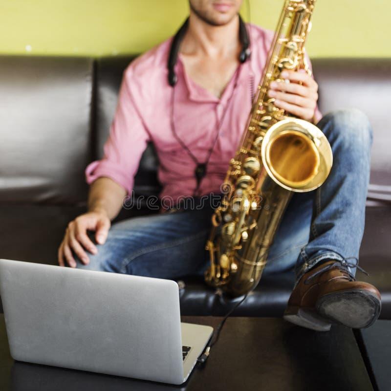 De Musicus Jazz Instrument Concept van de saxofoonsymfonie royalty-vrije stock afbeeldingen