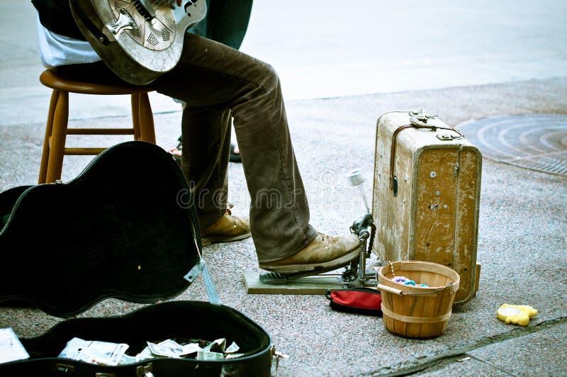 De musicus van de straat stock afbeelding