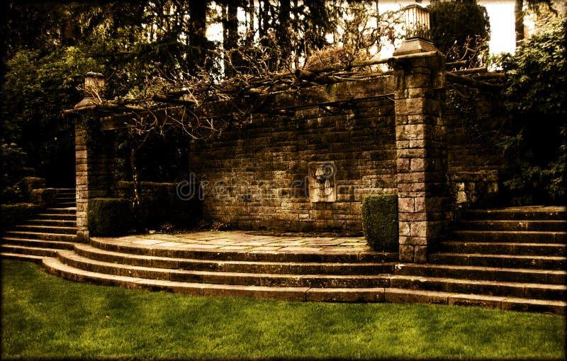 De Muur van de tuin royalty-vrije stock afbeeldingen