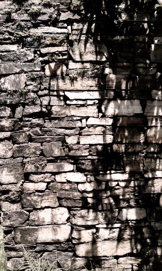 De muur van de eeuwsteen van de koloniale periode royalty-vrije stock fotografie