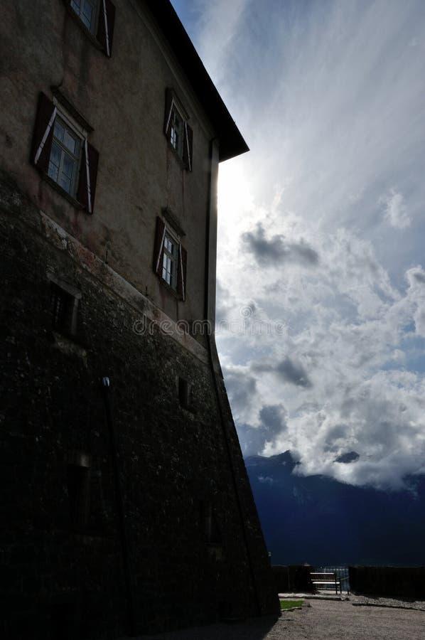 De muur van kasteelthun stock afbeelding