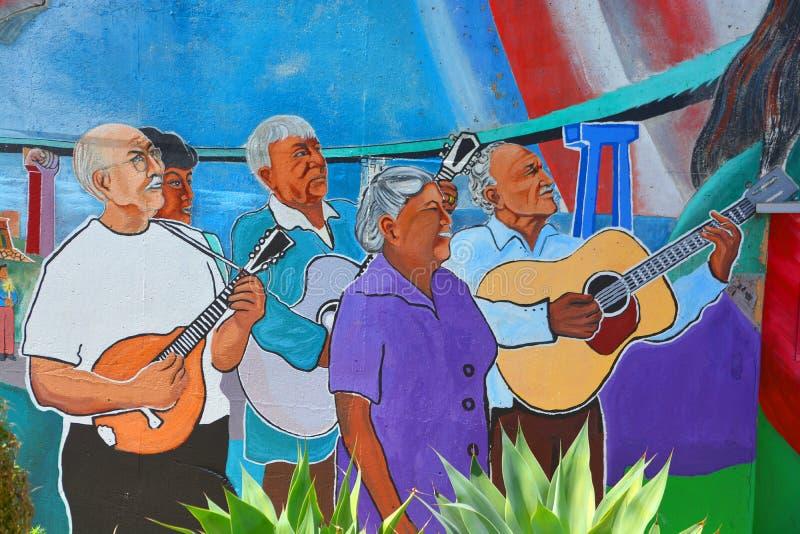 De muurschildering vertelt het verhaal van de mensen van Mexicanen Amerikanen stock foto's