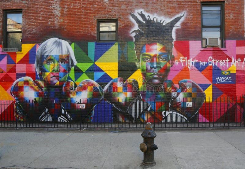 De muurschilderingkunst door Braziliaanse Muurschilderingkunstenaar Eduardo Kobra werft Pop-artlegende Andy Warhol en de superste royalty-vrije stock afbeeldingen
