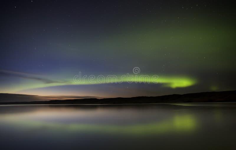 De nacht ontsproot Noordelijke Lichten royalty-vrije stock foto