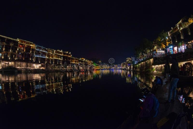 De nacht in de Oude Stad van Fenghuang is mooier stock fotografie