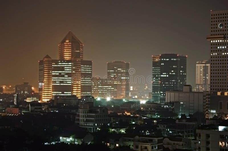 De nacht van Bangkok stock afbeeldingen