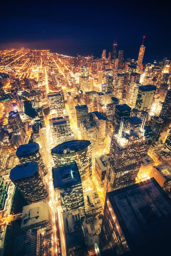 De nacht van Chicago stock afbeeldingen
