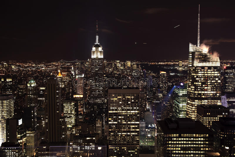 De Nacht van de Bouw van de Staat van het Imperium van de Horizon van de Stad van New York royalty-vrije stock fotografie