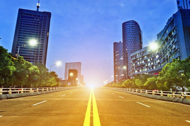 De nacht van de stad stock fotografie