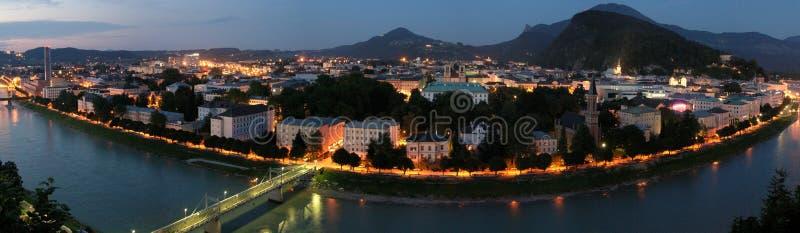 De nacht van Salzburg royalty-vrije stock afbeeldingen