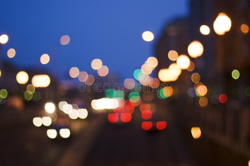 De nacht van verkeerslichten stock foto's
