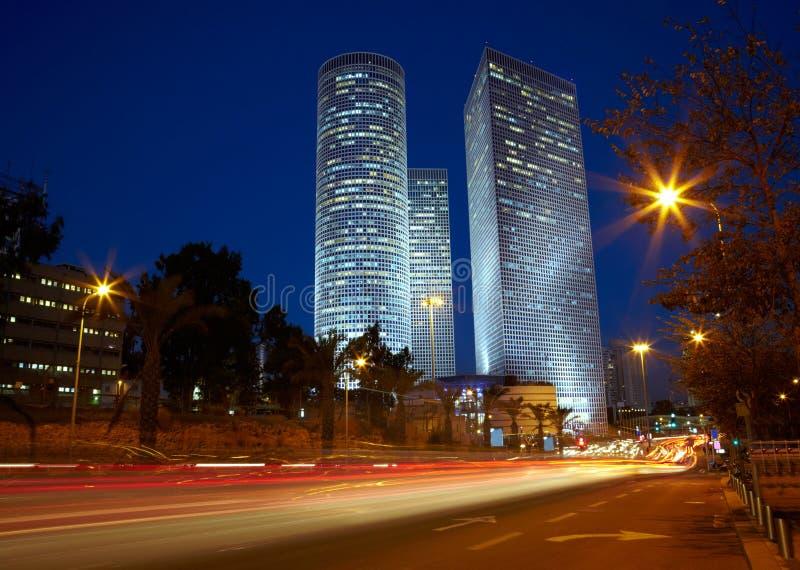 De nachtcityscape van Tel Aviv, Israël stock afbeeldingen