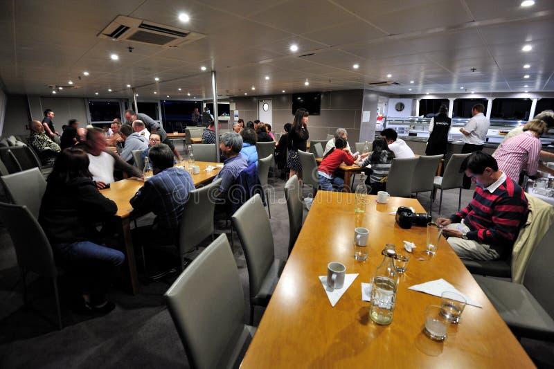 Download De Nachtelijke Cruise Van Ipipiri Redactionele Stock Foto - Afbeelding bestaande uit cruise, strand: 29501188