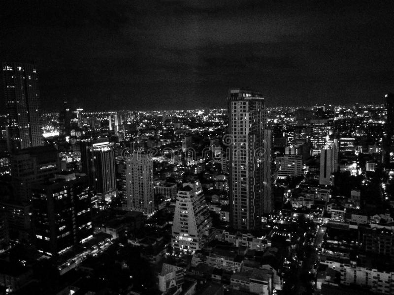De nachtmening van Bangkok in black&white royalty-vrije stock fotografie