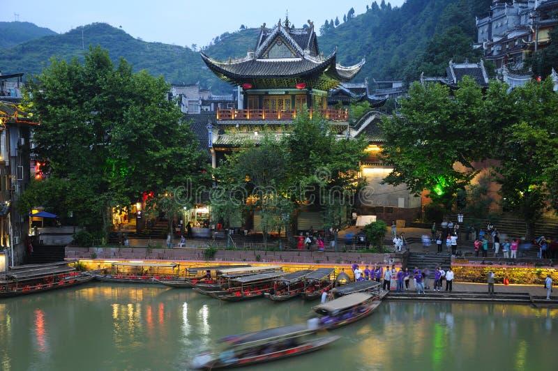 De Nachtmening van het Fenghuangdorp royalty-vrije stock afbeelding