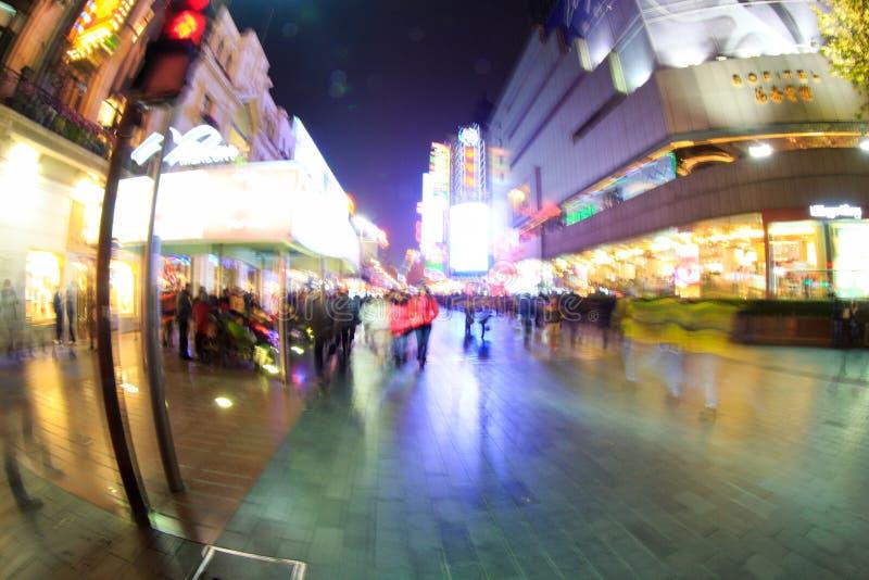 De nachtmening van Nanjing-de Weg van het Oosten in Shanghai, China, royalty-vrije stock fotografie