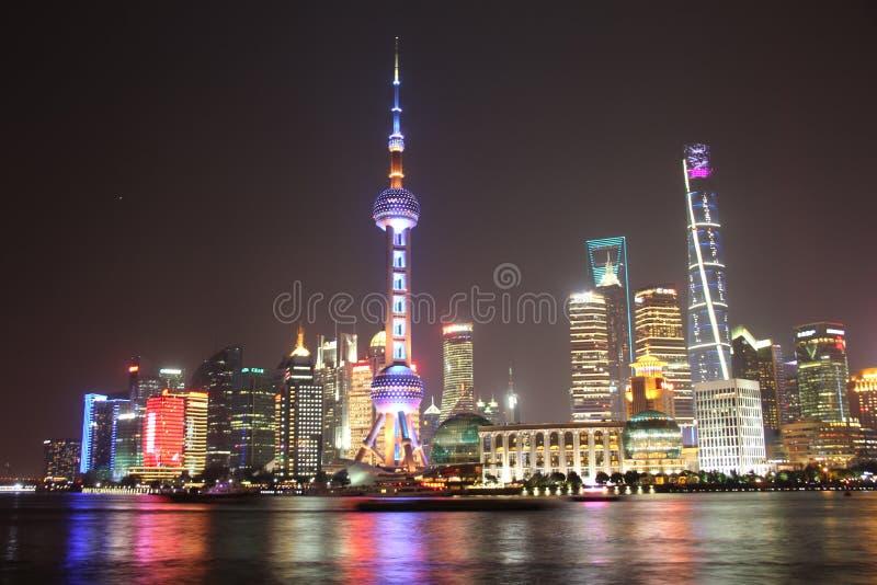 De nachtmening van Shanghai royalty-vrije stock afbeelding