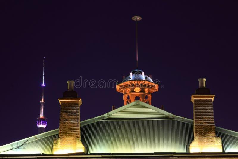 De nachtmening van Shanghai van het gebouw royalty-vrije stock foto's