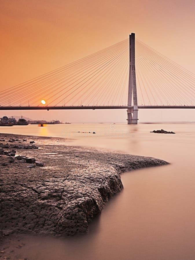 De Nanjing passerelle en second lieu le fleuve Yangtze images stock