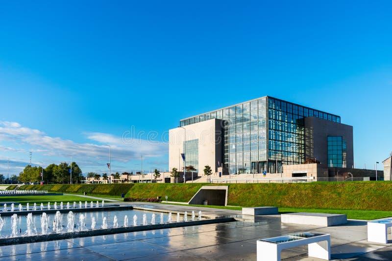 De nationale bibliotheekbouw in Zagreb, Kroatië royalty-vrije stock foto's