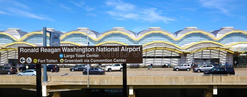 De Nationale Luchthaven van Ronald Reagan Washington stock afbeelding
