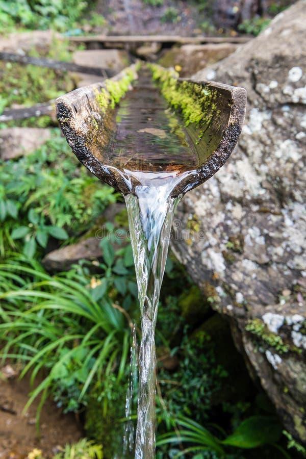 De natuurlijke fontein van het close-upbamboe stock foto
