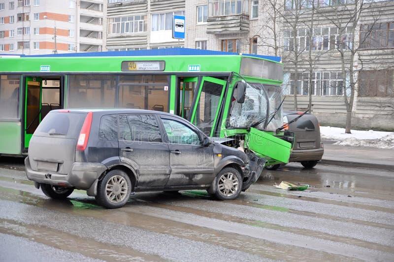 De Neerstorting van het autoongeval stock afbeelding